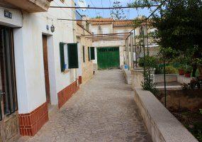 98 CL JOAN MASCARO I FORNES, Palma de Mallorca, MALLORCA, Balearic Islands, L'Espagne, 6 Habitaciones Habitaciones, ,3 BañosBaños,Houses / Country houses,En Venta,CL JOAN MASCARO I FORNES,1071